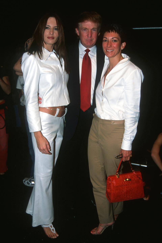 Ghislaine Maxwell és a Trump házaspár 2000-ben
